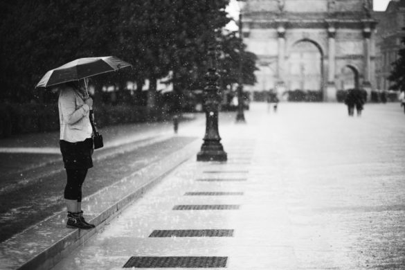 Caught in the rain, Place du Carrousel, Paris