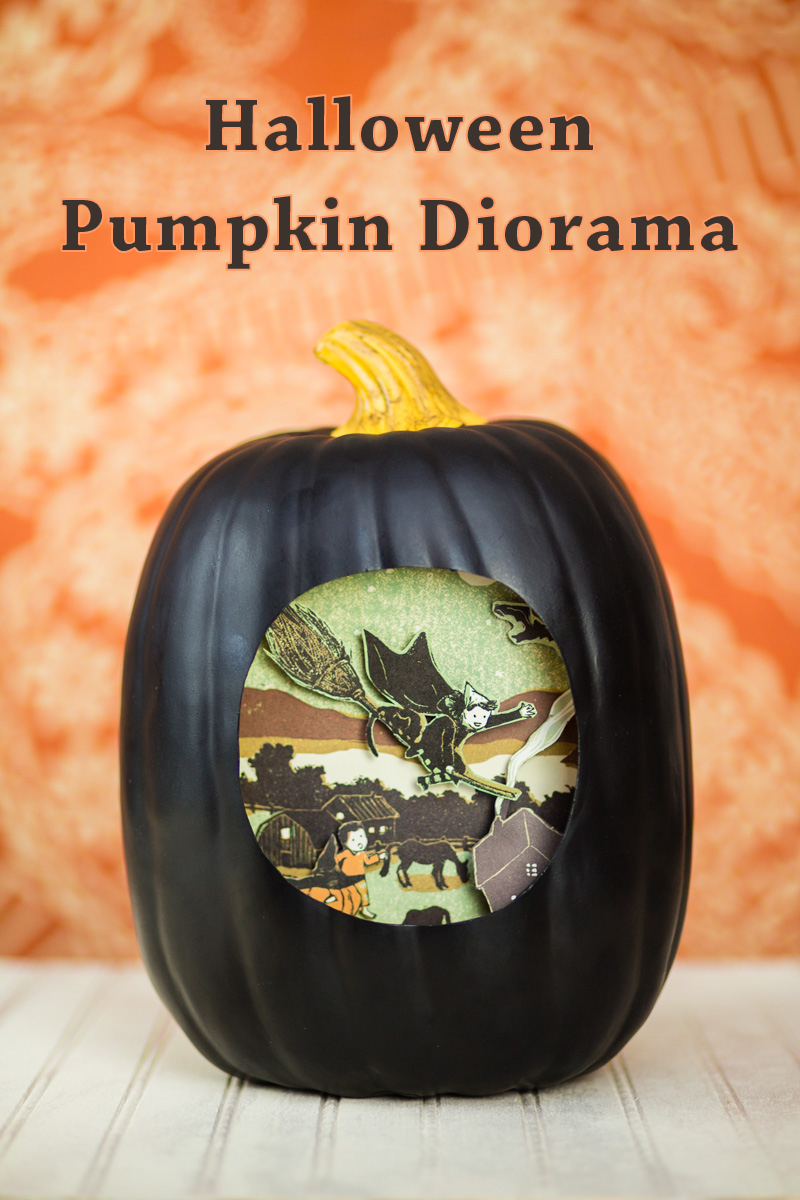 141015_pumpkin_diorama-004text